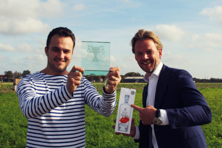 Clusius Dutch Tulip Vodka neemt The Guts Award in ontvangst